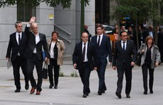 Tây Ban Nha bắt giữ 8 cựu 'quan' Catalonia