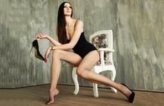 Người mẫu Nga lập kỷ lục chân dài nhất thế giới