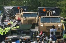 Seoul nhượng bộ '3 không' về quân sự