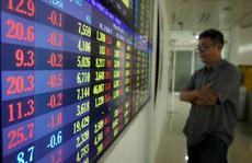 Cổ phiếu ngân hàng, bia rượu lao dốc, VN-Index 'bốc hơi' gần 23 điểm