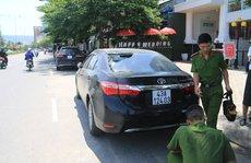Truy tìm nhóm thanh niên đập phá hàng loạt ô tô trong đêm