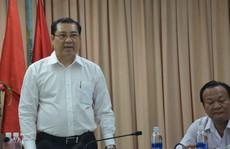 Chủ tịch Huỳnh Đức Thơ thưởng nóng cho lực lượng công an