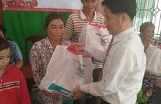 Kienlongbank tặng 7.450 phần quà Tết