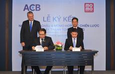 ACB bắt tay với MoMo thúc đẩy thanh toán di động