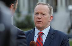 Phát ngôn viên Nhà Trắng gặp 'bão' vì vạ miệng