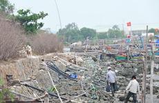 Ô nhiễm bao vây cửa biển Vũng Tàu