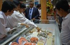 Hàng Trung Quốc 'ăn ốc', hàng Việt 'đổ vỏ'