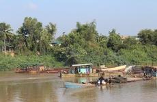 'Trảm' 13 dự án khai thác cát trên sông Đồng Nai