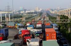 Doanh nghiệp 'phải bán tháo xe vì đường kẹt'