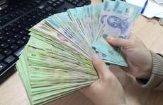 Trả tiền ký quỹ cho nhân viên