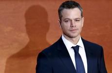 Ngôi sao Matt Damon tiếp tục bị 'ném đá'