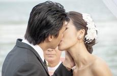 Lưu Huỳnh khó tính, diễn viên 'hôn' rát môi