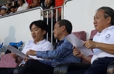 HLV Miura đến xem TP HCM đá Than Quảng Ninh, hợp đồng bỏ ngỏ?