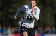 'Vua phá lưới' Bendtner ghi bàn đẹp nhất giải Na Uy