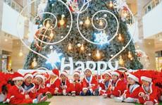 Đón Giáng sinh cùng danh hài Xuân Bắc - Tự Long tại TTTM The Garden