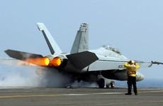 Cận cảnh tàu sân bay Mỹ USS Carl Vinson tuần tra biển Đông