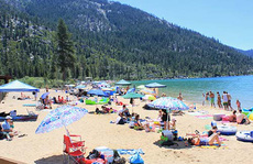 Tahoe – hồ nước 2 triệu năm tuổi ở Mỹ
