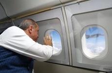 Tổng thống Thổ Nhĩ Kỳ thề 'lấy đầu kẻ phản bội'