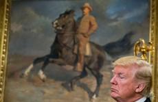 Ông Donald Trump trách móc Quốc hội vì lệnh trừng phạt Nga