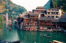 10 cổ trấn đẹp như trong phim ở Trung Quốc