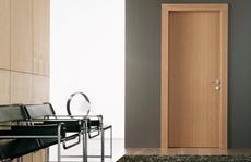 Chọn cửa an toàn, hiện đại cho nhà chung cư