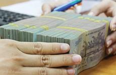Ngân hàng lãi nghìn tỉ đồng 'chi đậm' cho nhân viên
