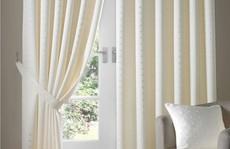 Nguyên tắc vàng khi chọn rèm cửa để căn phòng không bị rối mắt