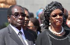 Tổng thống Zimbabwe 'về hưu' nhận 10 triệu USD