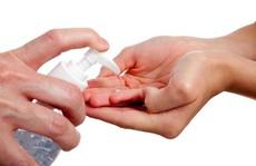 Đừng dùng thường xuyên nước rửa tay diệt khuẩn