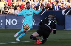Barcelona vùi dập Leganes, derby Madrid đậm mùi bạo lực