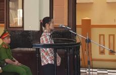 """Đang xử phiên tòa """"lạ"""" ở Tiền Giang"""