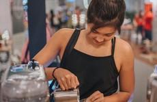 10X Singapore tạo hình tuyệt vời cho các ly cà phê