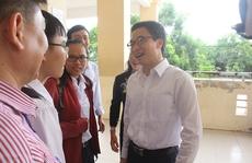 Phó Thủ tướng Vũ Đức Đam kiểm tra công tác thi THPT tại Cần Thơ