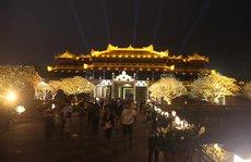 Mở cửa Đại nội Huế về đêm