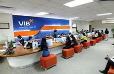 Phó tổng giám đốc người nước ngoài VIB thu gom cổ phiếu