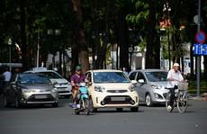 Giảm giá ô tô tại Việt Nam - 'cơn khát' cho người trẻ