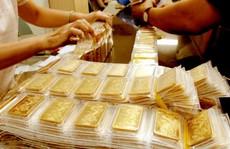 """Vì sao nhà đầu tư """"chùn tay"""" với vàng?"""
