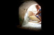 Bí ẩn những căn hầm trong ngôi biệt thự ở Hà Nam
