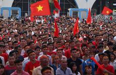 Cho toàn bộ công nhân nghỉ làm để cổ vũ U23 Việt Nam
