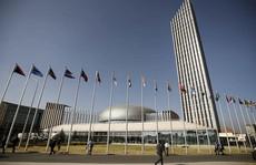 Trung Quốc xây trụ sở giúp châu Phi, cài luôn máy nghe lén
