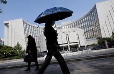 Ngại 'cú sốc bên ngoài', Trung Quốc bơm 110 tỉ USD vào nền kinh tế