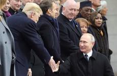 Tổng thống Pháp không 'nể mặt' ông Trump