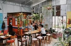 Quán cà phê đưa cả khu vườn vào trong nhà ở Đà Lạt