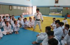 'Cô gái vàng judo' Cao Ngọc Phương Trinh tỏa sáng ở học đường