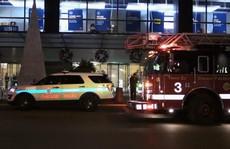 Mỹ: Thang máy rơi tự do 84 tầng, thai phụ không hề hấn gì