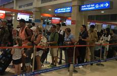 Khống chế một người định tấn công nhân viên hàng không Tân Sơn Nhất