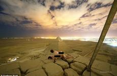 'Làm bậy' trên kim tự tháp, nhiếp ảnh gia gây phẫn nộ