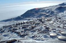 Hai kỹ thuật viên Mỹ chết bí ẩn tại Nam cực