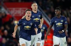 Sir Alex Ferguson 'đứng hình' với trận hoà nghẹt thở của Man United