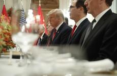 Ông Trump đổi giọng kịch tính về chi tiêu quốc phòng